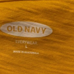 Old Navy Tops - Old Navy Large Top!